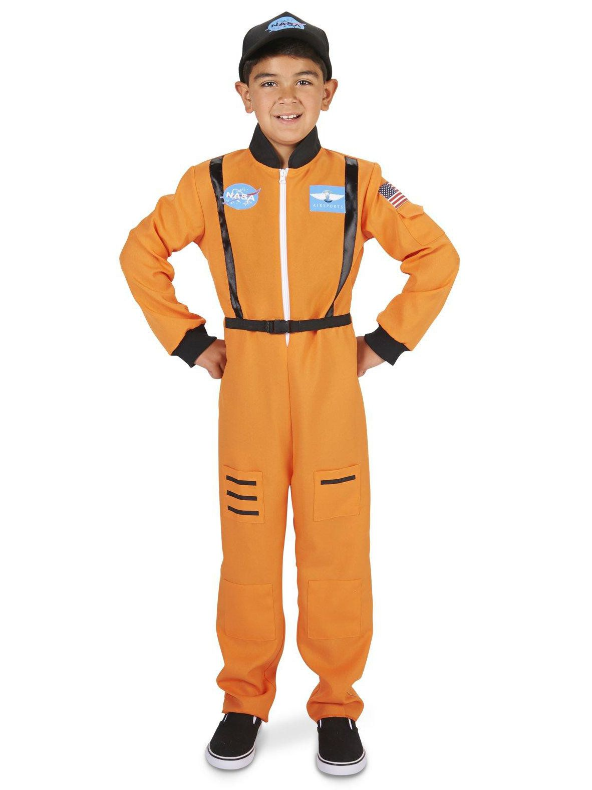 DIY Halloween Costume: Astronaut