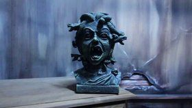 "Animated 11"" Medusa Bust Prop"