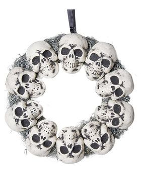 Circle Of Skulls Wreath Prop
